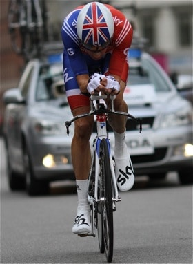 Find your best TT position and get an optimal aero bike fit. Here is Bradley Wiggins on his road to silver medal at World Championships in Time Trialling 2011. Image by Training4cyclists.com