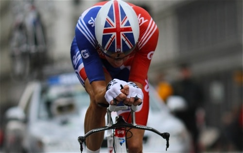 BRadley Wiggins using a SRM power meter during time trial. Image by Training4cyclists.com